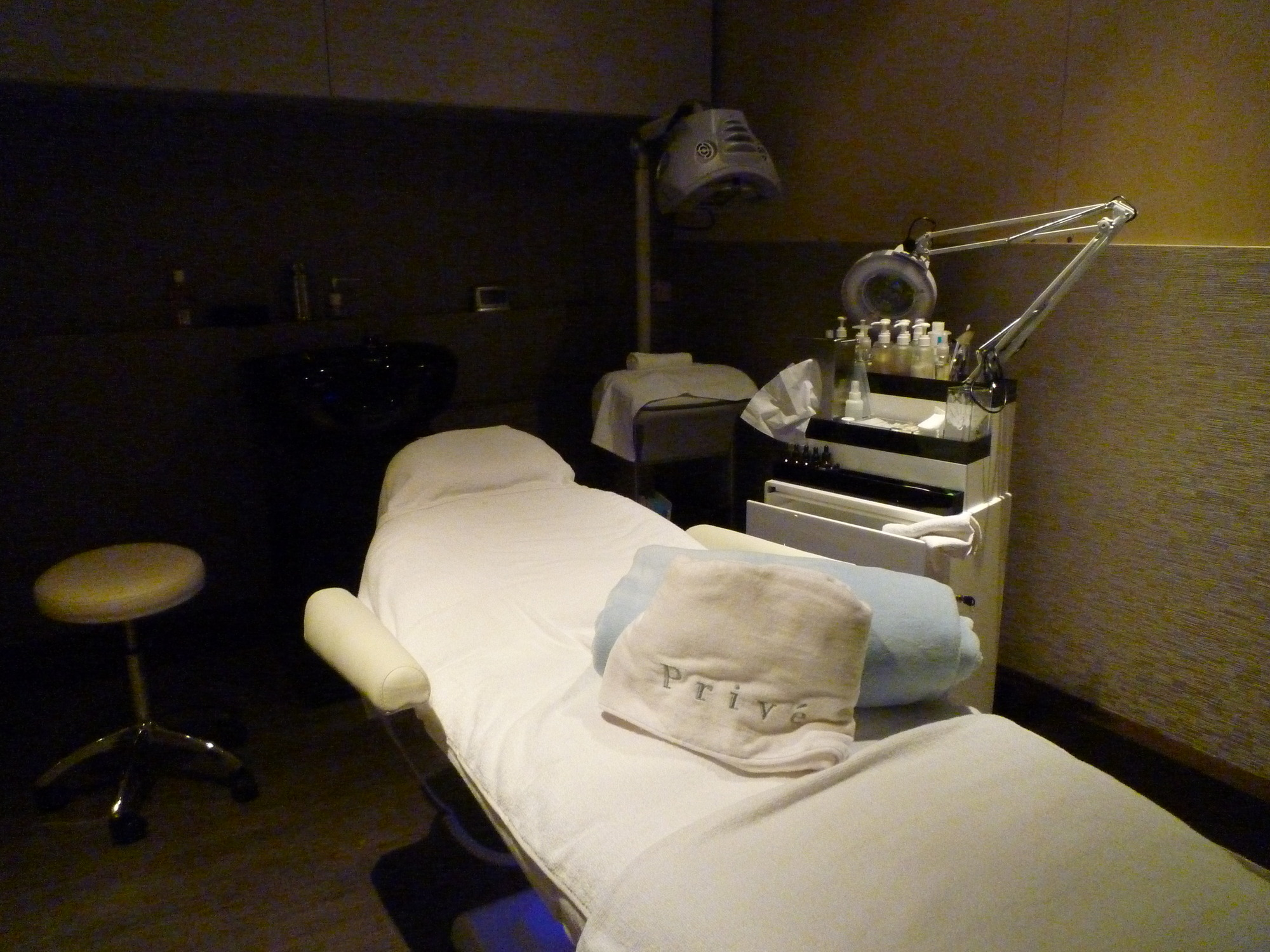 prive treatment room