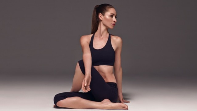 Tara Stiles - founder of Strala Yoga.