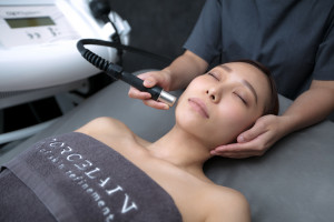 Get smooth and clean skin with the diamond-tipped microdermabrasion treatment.