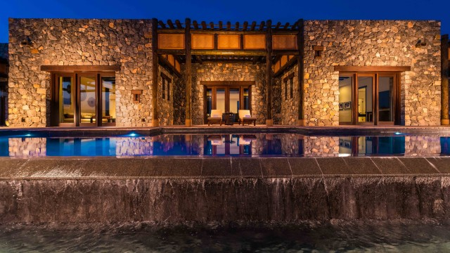 LEED-designed with local stones and wood to blend in seamlessly with the craggy mountains, Alila Jabal Akhdar combines traditional Omani design with contemporary touches.